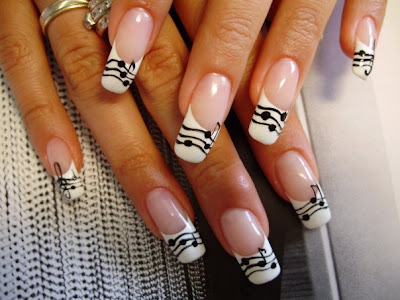 Black And White Nail Designs Pictures. 2010 Prom Nail Designs