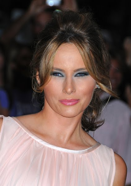 Online beauty salon melania trump fashion style makeup hairstyle