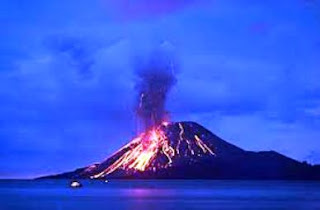 http://4.bp.blogspot.com/_NOuivbMciGM/TMz5WwI2oPI/AAAAAAAABao/gCtdfy_-lPo/s320/mount+eruption+at+indonesia.jpeg