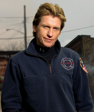 amanda leary. Denis Leary To Play Captain