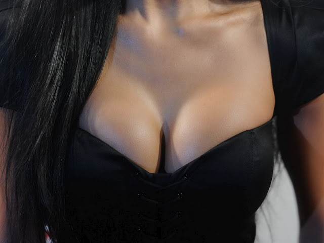 Has Nicole Scherzinger had a boob job?