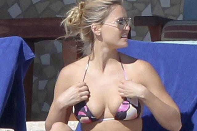 Bar Refaeli Busty Bikini