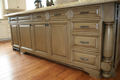 "STORMER DECORATIVE FINISHES: ""chipped paint"" cabinet finish"