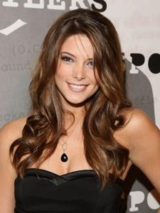 Ashley Greene-12