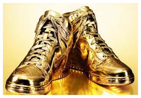 http://4.bp.blogspot.com/_NS6vIGqahjA/TM9Uj84D4HI/AAAAAAAAACA/bgmWAxHcP6o/s1600/nike-luxe-or.jpg