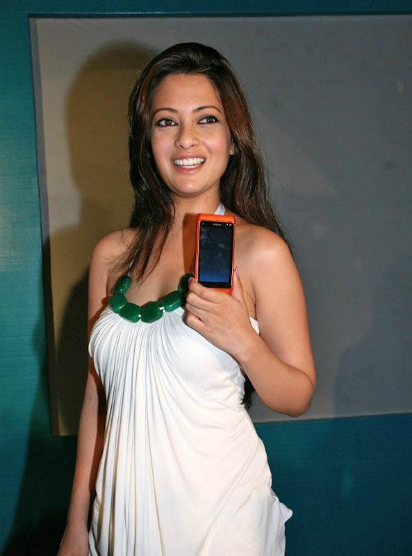 Actress Riya Sen Latest  Hot Stills navel show