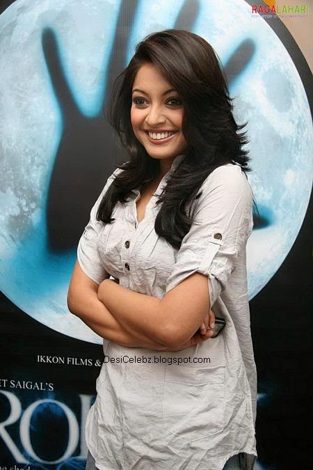 Tanushree Dutta exposing her huge assets