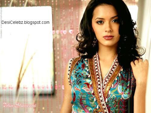 Isha Sharvani bollywood beauty