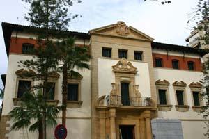 Fachada del Museo Arqueológico de Murcia