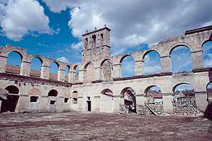 Ruinas de Santa María de Óvila, en Trillo (Guadalajara)