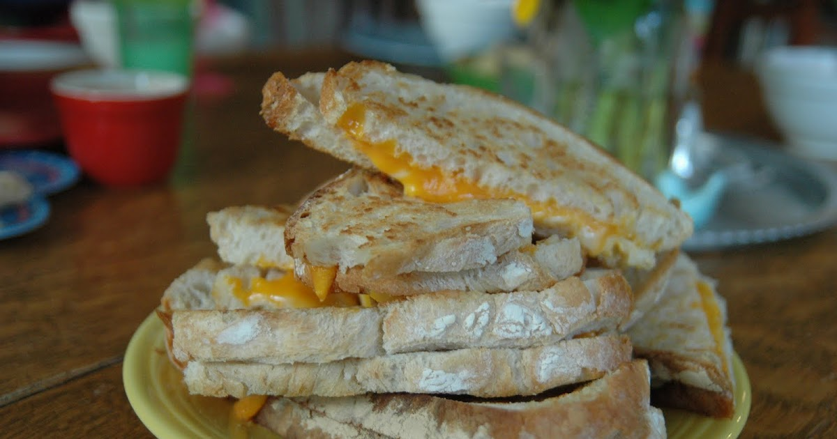 This Gourmet Grilled Cheese Recipe Is Packed With Veggies recommendations