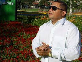 CANTOR JOSÉ ANTONIO PARTICIPA DE FESTIVIDADE EM MINAS GERAIS.