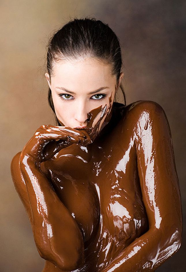Hot Female Chocolate Free Best Wallpapers