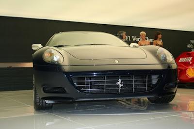 Car Wallpapers - 2009 Ferrari 612 in Geneva Photo
