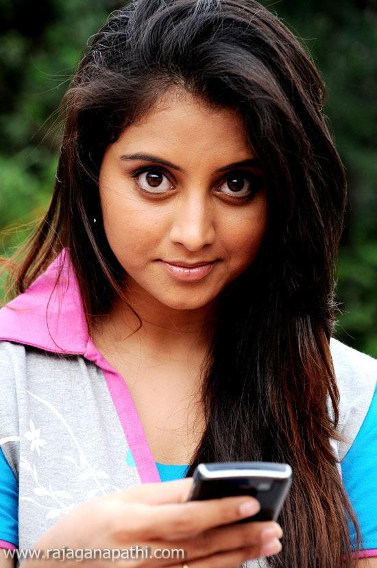 Anjali Hot Movie Karungali Thor 2 Trailer Reviews