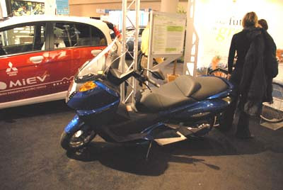 Vectrix 100% Electric, Zero Emissions Motorcycle