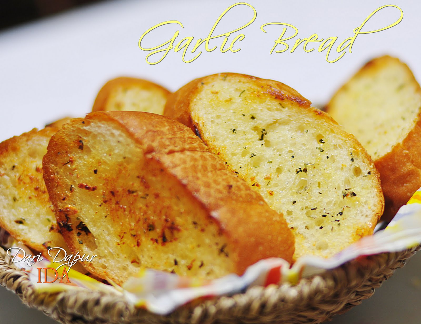 Garlic Bread with Mushroom Soup