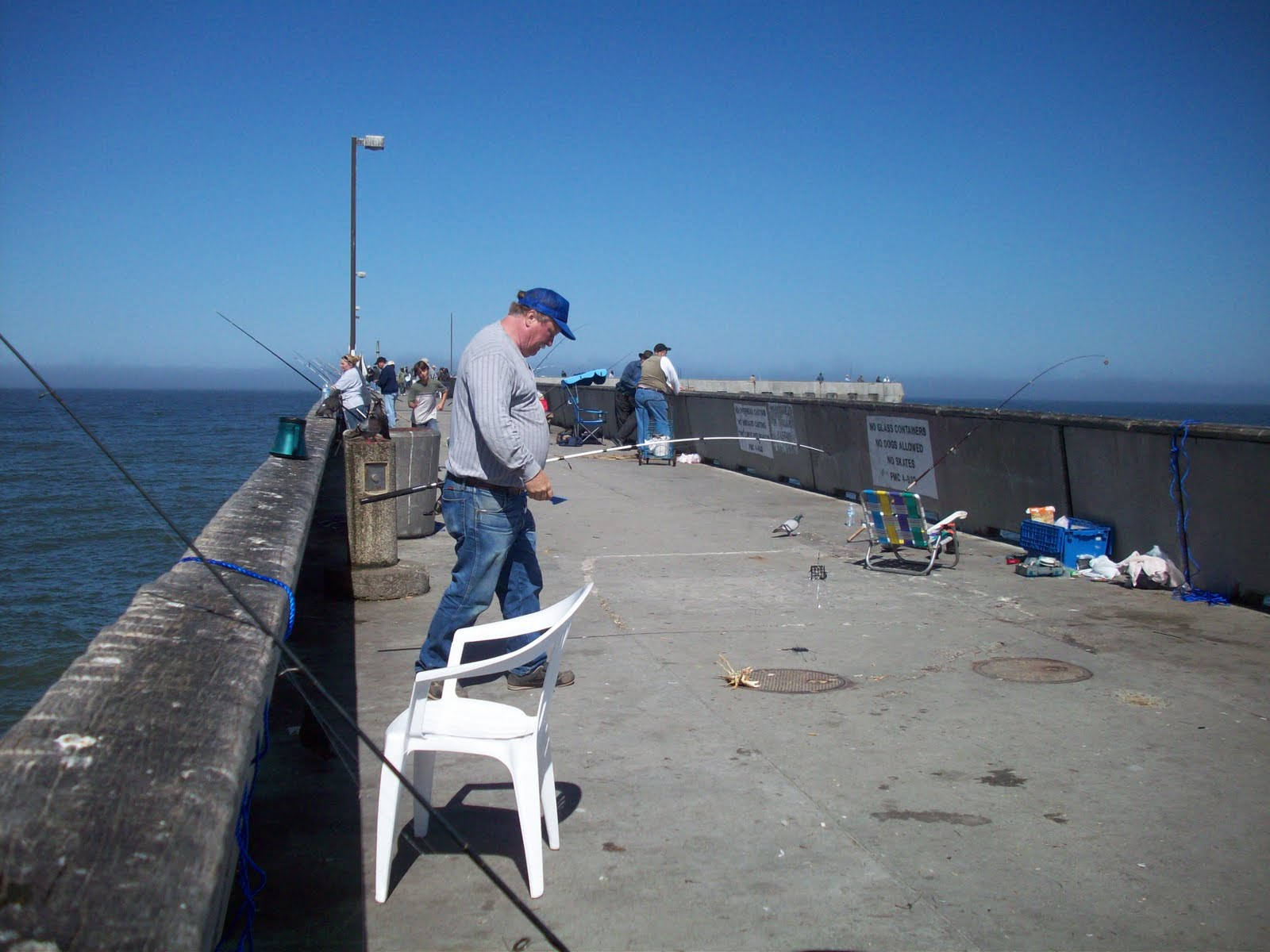 fancypat fishing at pacifica pier