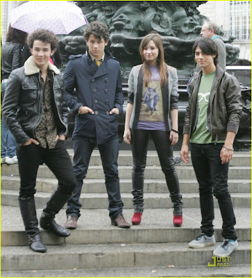 Jonas Brothers Demi Lovato on Jonas Brothers Y Demi Lovato En London