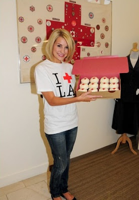 Chelsea Staub: Candids&Noticias [CLOSED] - Página 3 Chelsea-staub-cupcake-cute-01