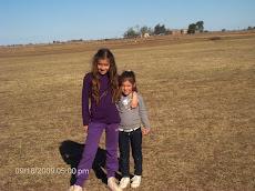 Las niñas de la flia... Viky y Pipina