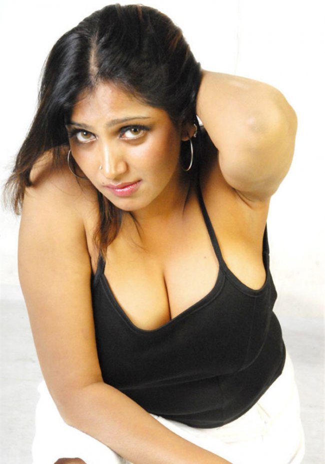 Actress Bhuvaneswari Hot Pictures