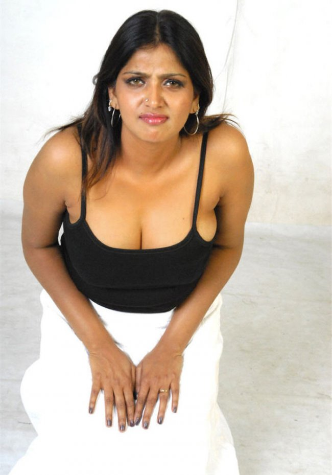 ... Bhuvaneswari Hot Pictures ~ INDIAN HOTEST SITES - ALL ABOUT HOT
