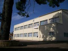 Γυμνάσιο Κρεστένων