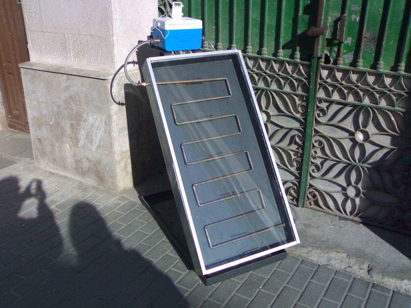 Escola taller ciutat sostenible montaje de una placa - Placa solar termica ...