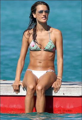 Alessandra Ambrosio bikini Photo shoot