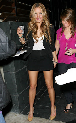 Amanda Bynes at Mr Chow Photos