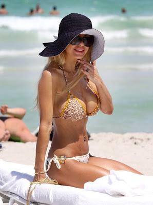 Shauna Sand, Shauna Sand Bikini