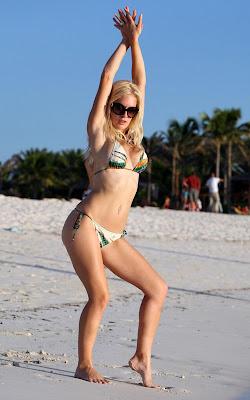 Heidi Montag Bikini Photos