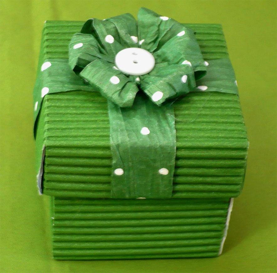 Cajas de regalos de carton corrugado imagui for Cajas de regalo de carton