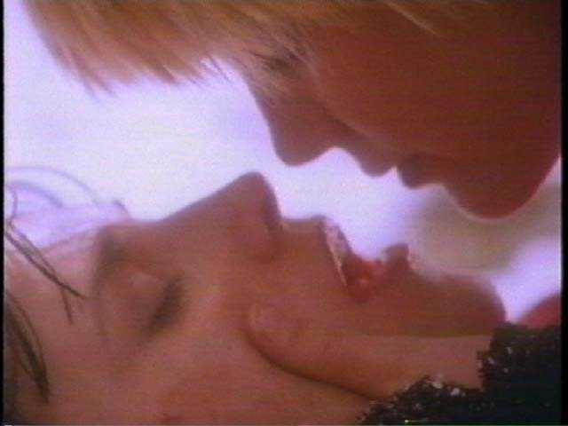 dolcezza ...e emozioni...si esprimono con un bacio