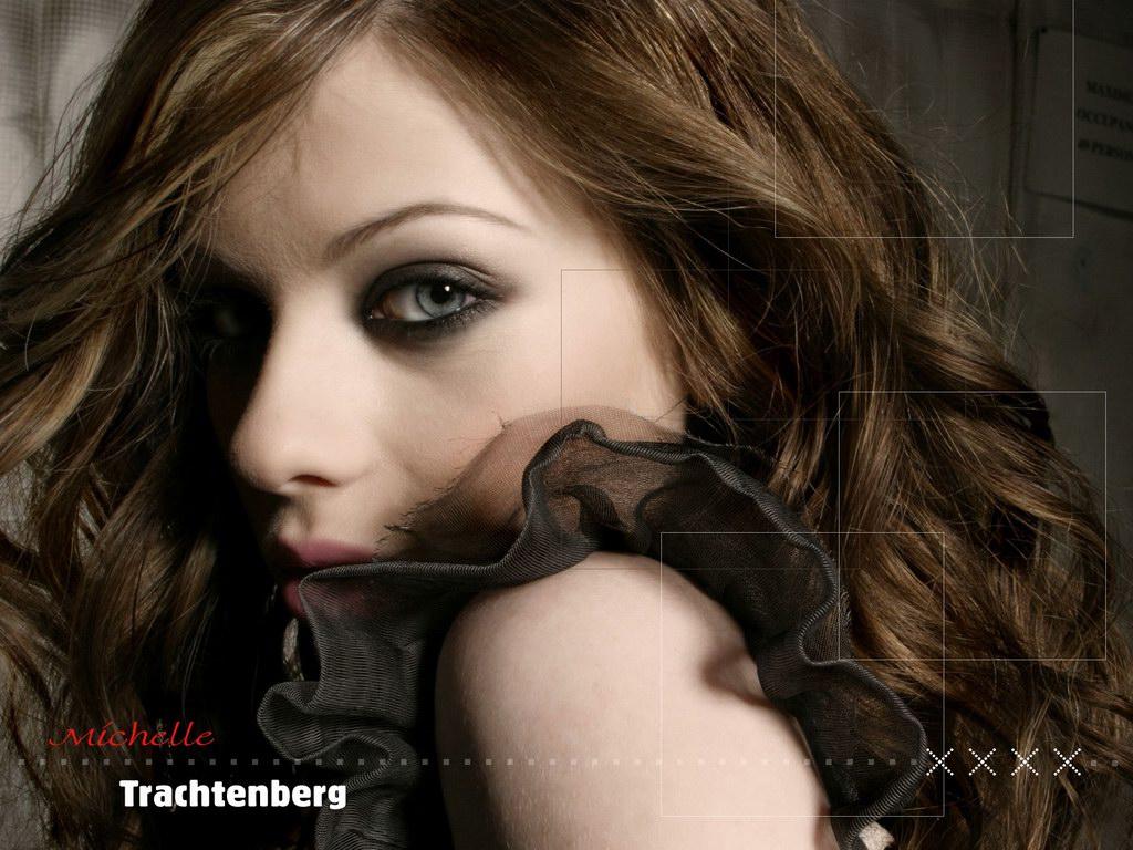 http://4.bp.blogspot.com/_NkemokVqtZ8/TSDHleChETI/AAAAAAAAAEg/Sxtf1jffe-Y/s1600/michelle-trachtenberg_8.jpg