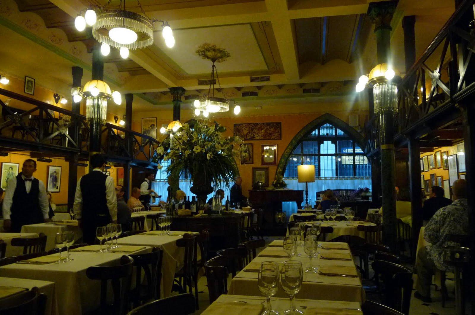 Restaurant Gats Barcelona : Bilder an der wand picture of gats barcelona tripadvisor