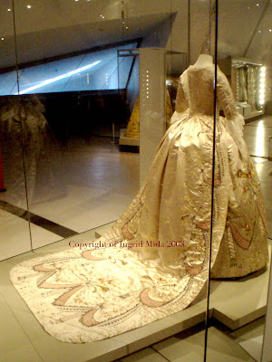marie antoinette fashion history. It is known that Marie