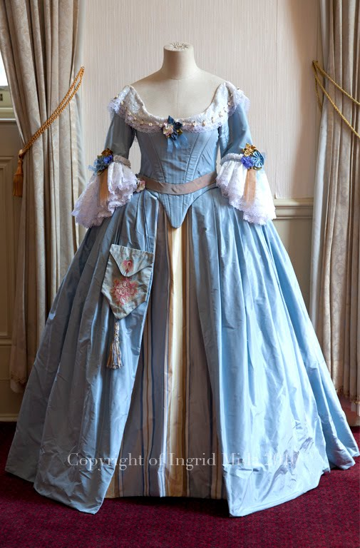 English Costumes 1600 1700 http://pinterest.com/pin/158118636887622076/