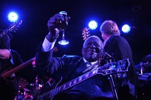 Grand Opening Attracts Stars To B.B. King's Club