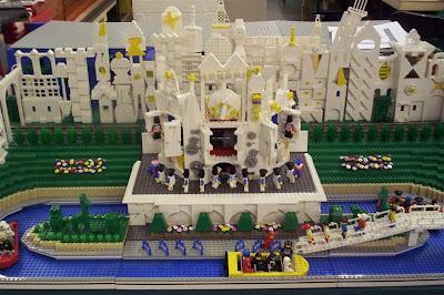 Lego Disney's Main Street (5) 2
