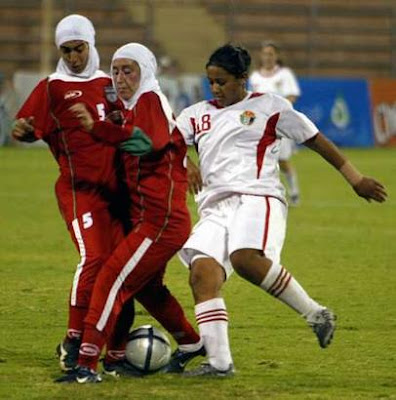 Iran women's national football team (6)  4