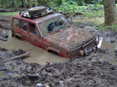 Cars Confronting Mud (9) 8
