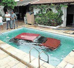 Car Gone For Swim (7) 1