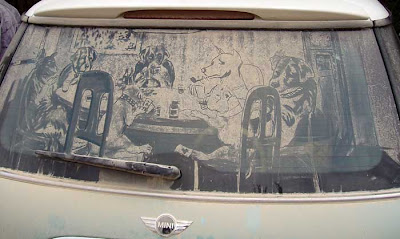 Painting on car windows using dirt (11) 5