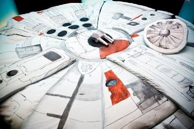 Millennium Falcon Bed (6) 2