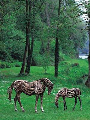 Driftwood Horse Art (14) 13