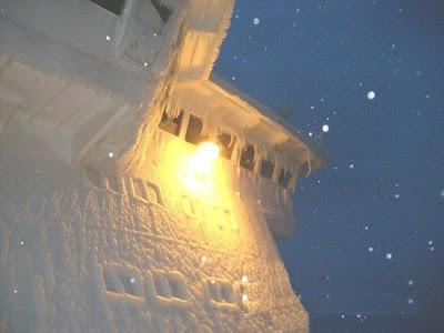Frozen Ships (12) 12
