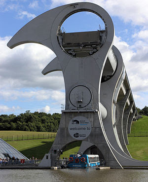 The Only Rotating Boatlift In The World - The Falkirk Wheel (11) 1
