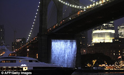 NYC Art Waterfalls (7) 5
